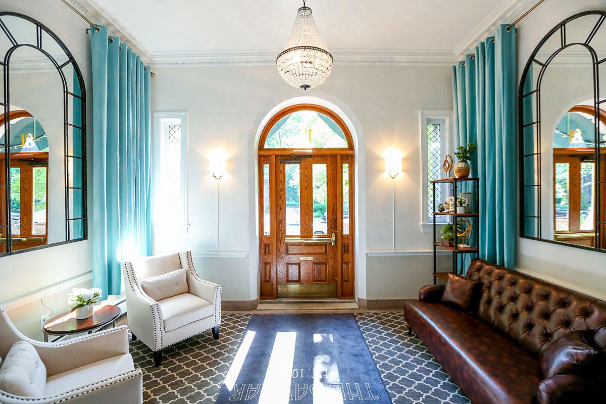 Gentil The Davmar Commercial Interiors